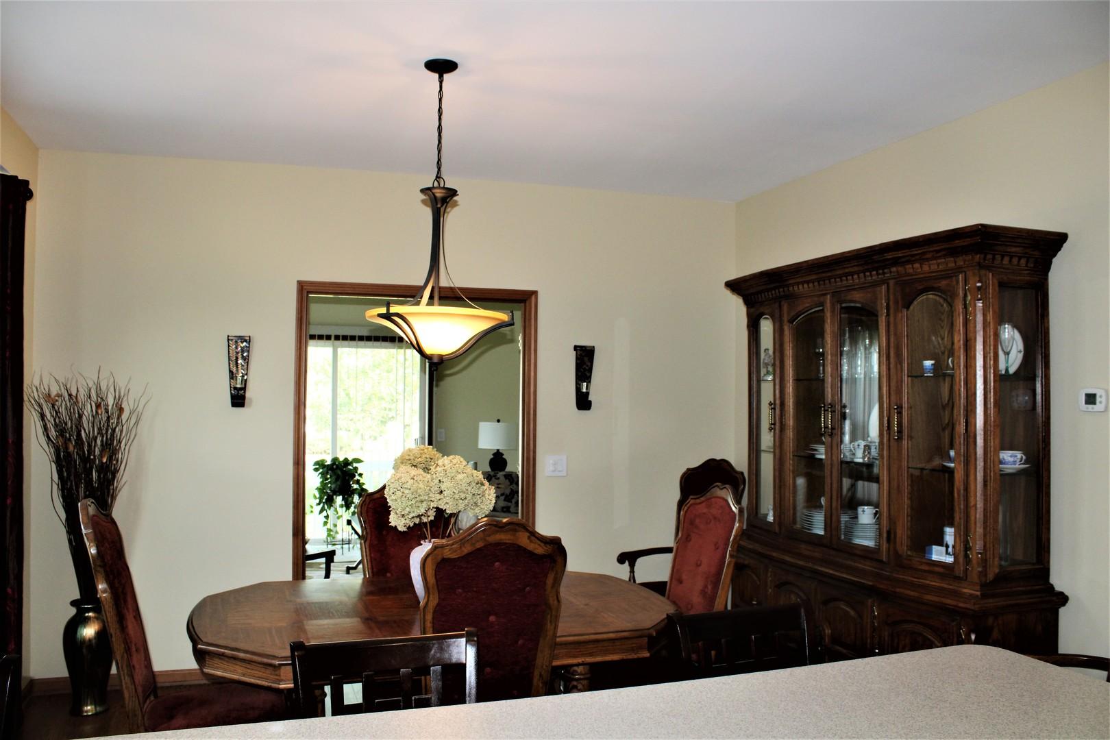 3230 Whirlaway, Grayslake, Illinois, 60030