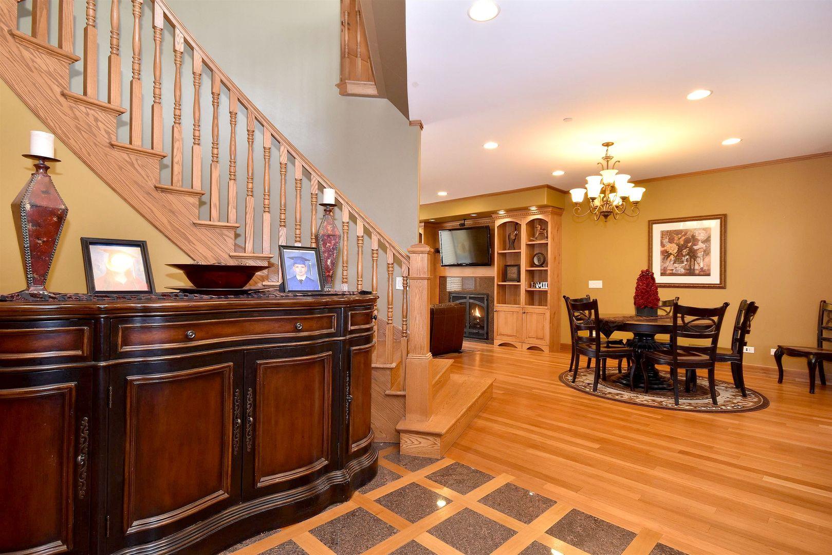 1707 West Lincoln, Mount Prospect, Illinois, 60056
