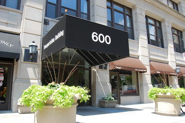 600 S. Dearborn #2111