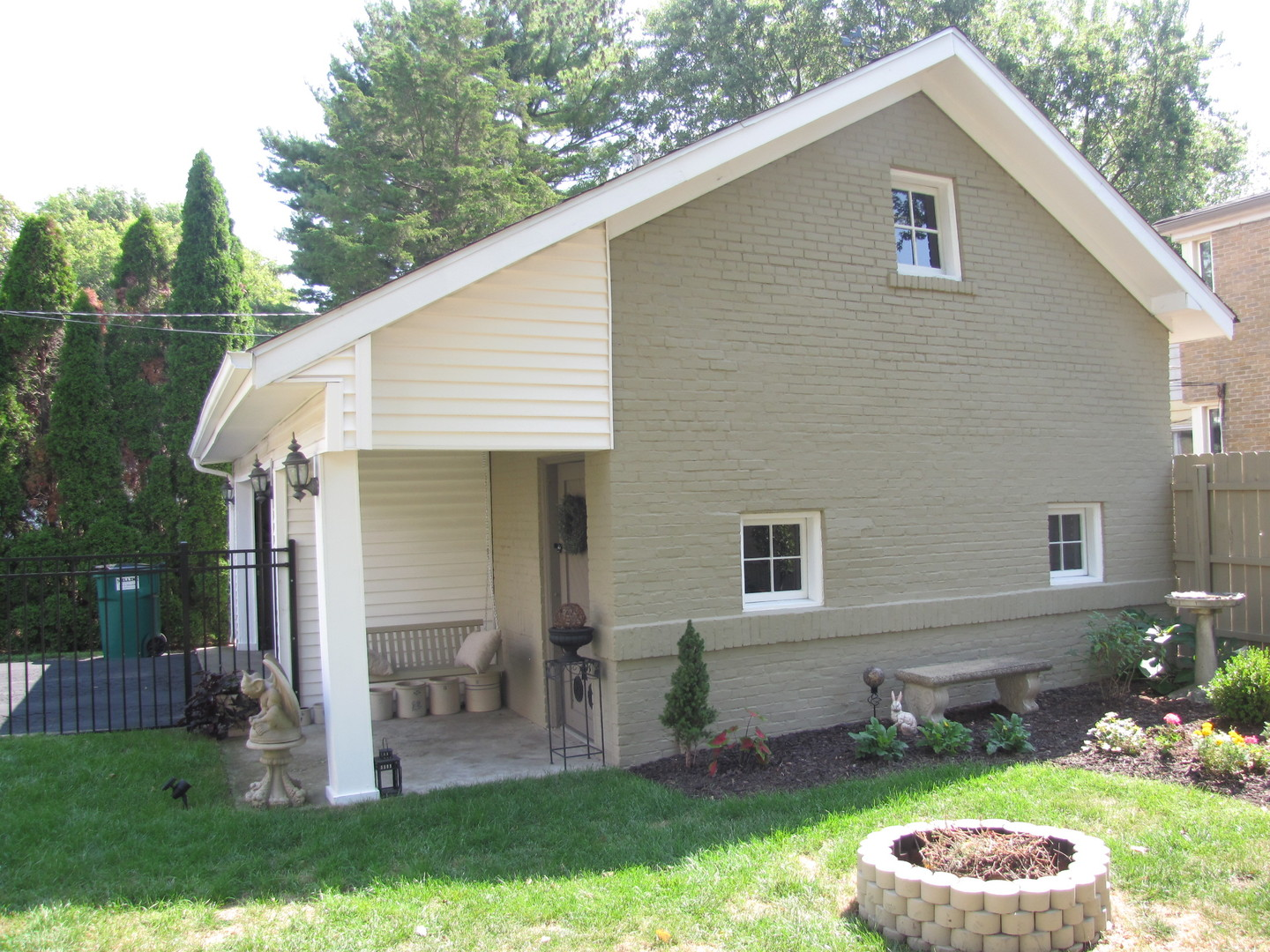 813 West Healey, Champaign, Illinois, 61820