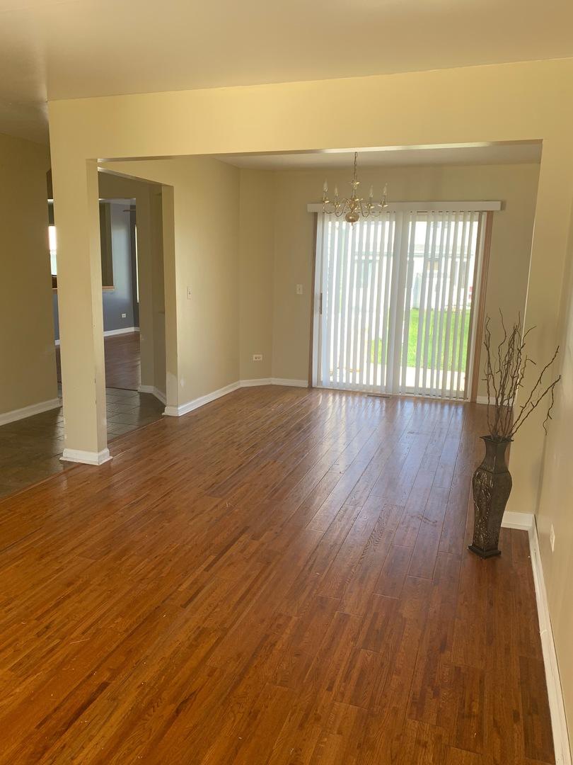 523 Springwood, Joliet, Illinois, 60431