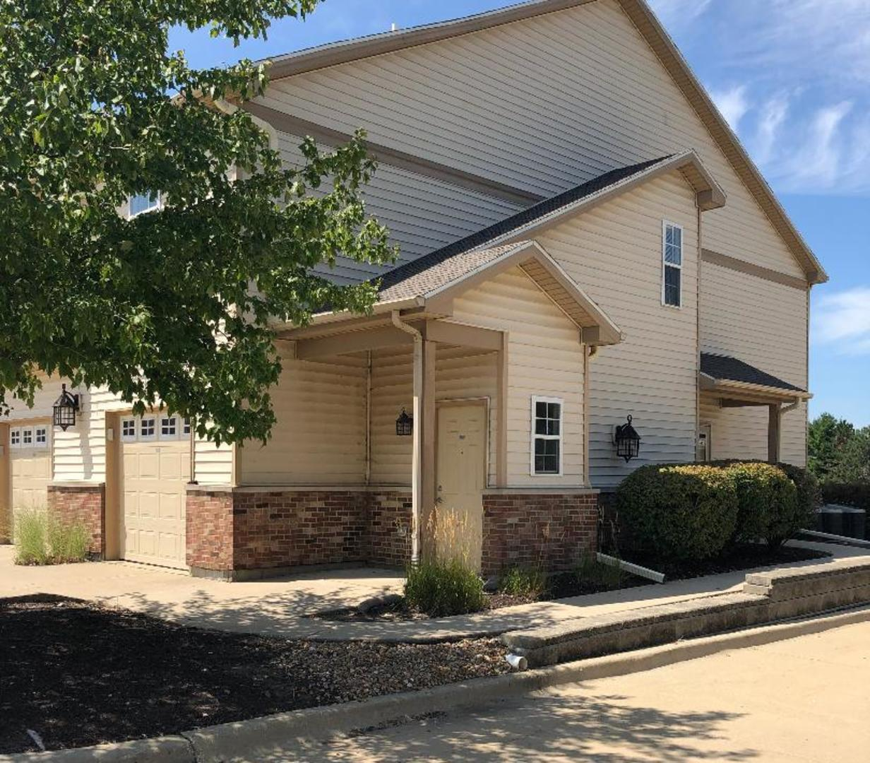 3702 THORNHILL 3702, Champaign, Illinois, 61822