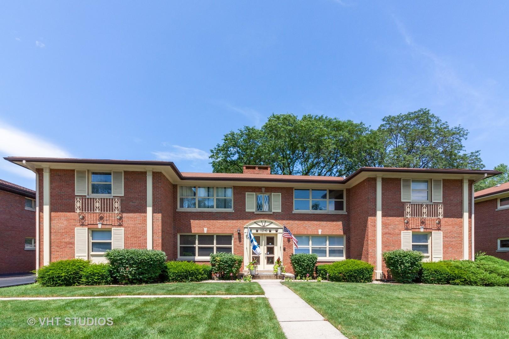 10740 West Cermak 2E, Westchester, Illinois, 60154