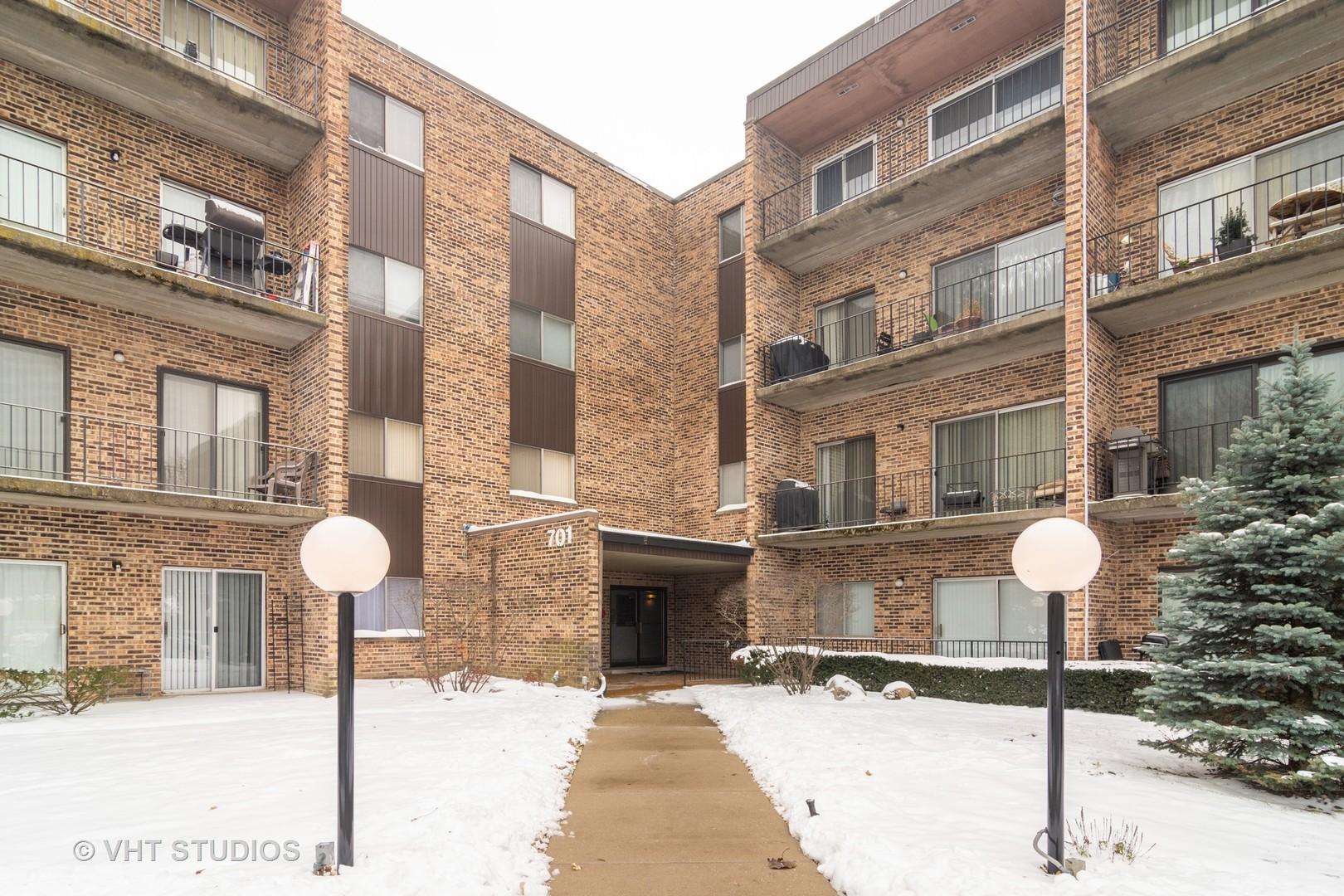 701 West Huntington Commons 103, Mount Prospect, Illinois, 60056