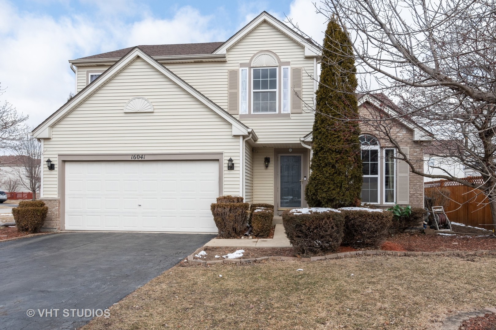 16041 Arborvitae, Crest Hill, Illinois, 60403