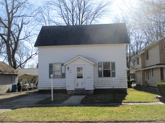 311 East Ensey, TUSCOLA, Illinois, 61953