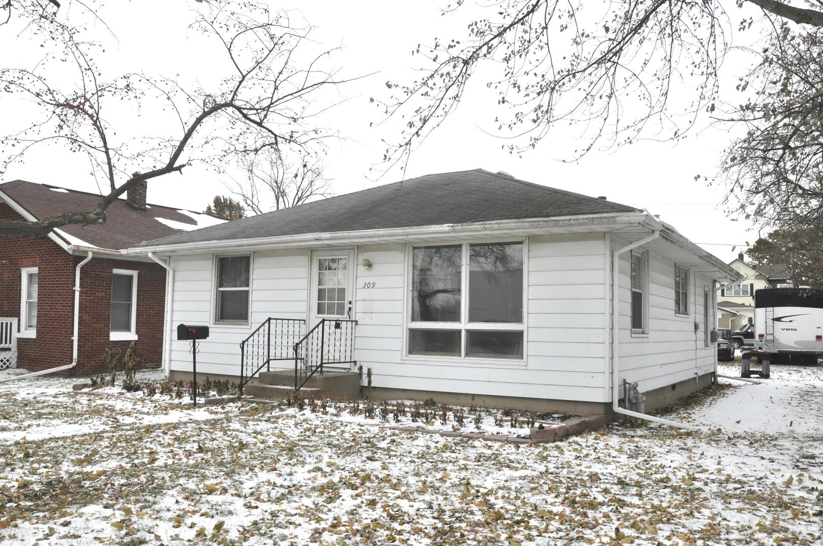309 Iowa, Streator, Illinois, 61364