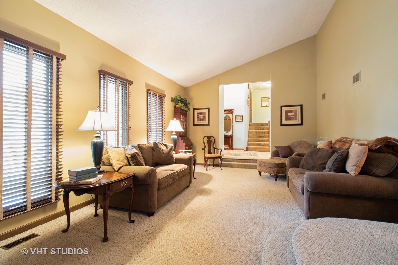 131 Graymoor, Olympia Fields, Illinois, 60461