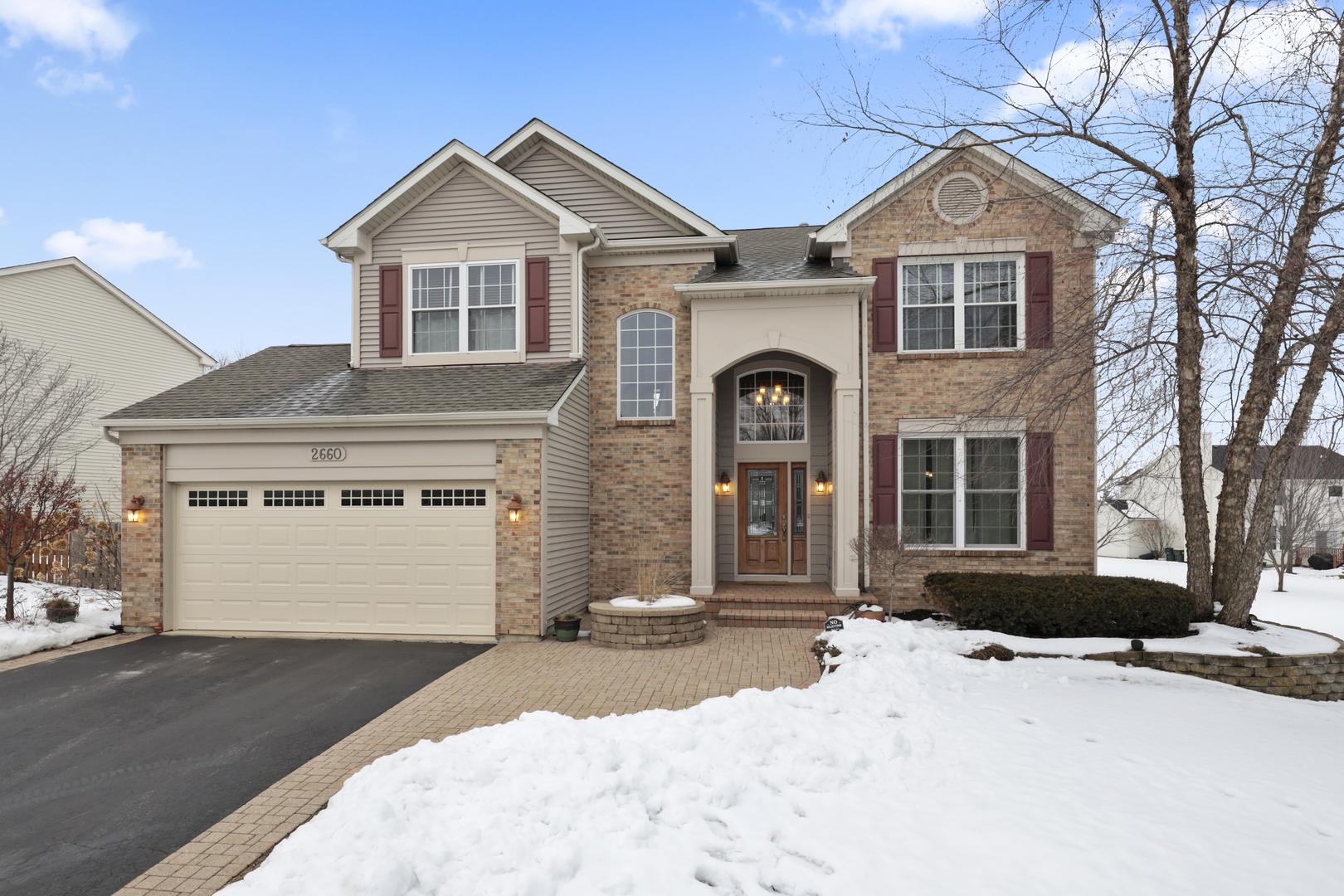 2660 Delaware Lane, Lindenhurst, Illinois 60046