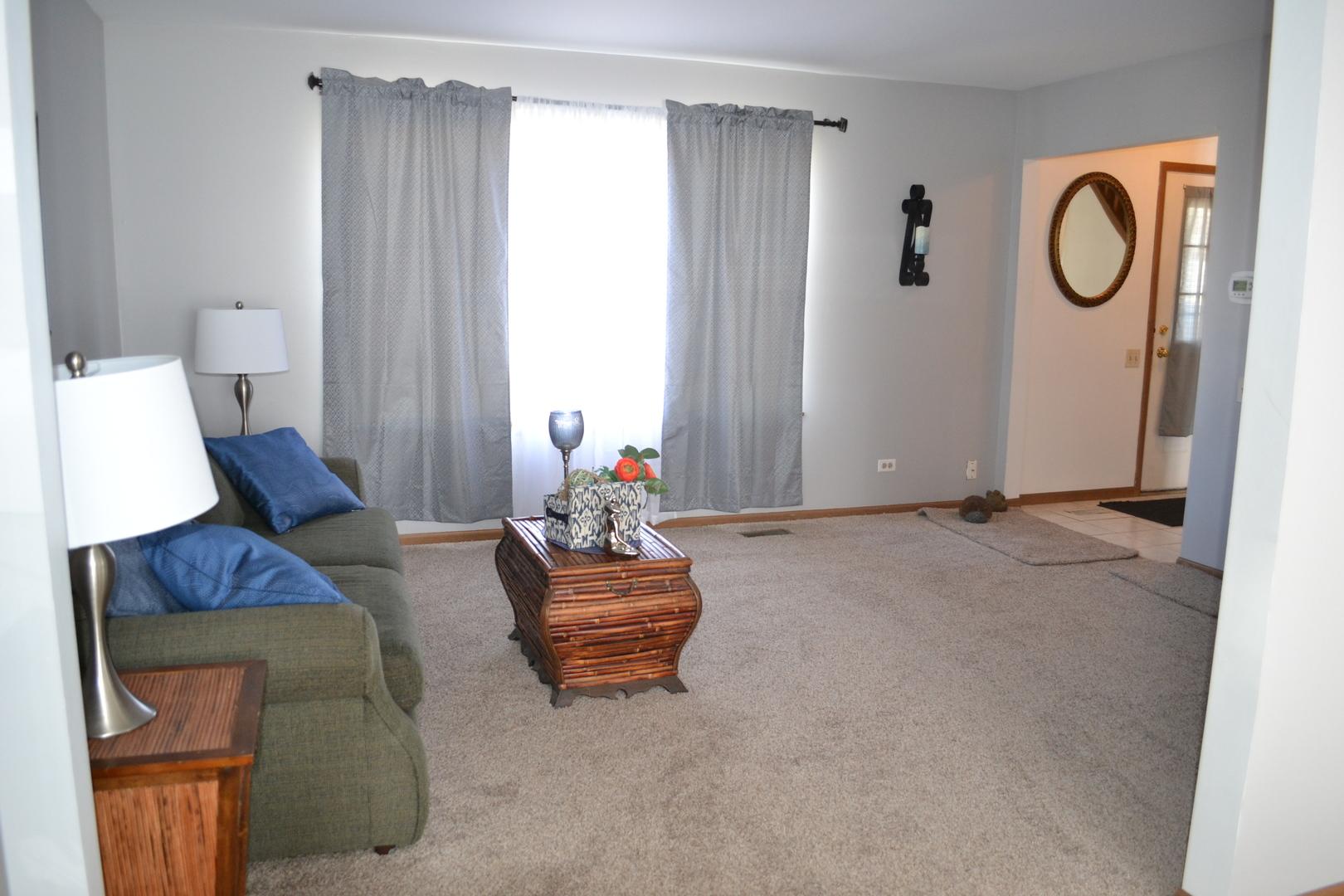 1148 Pin Oak, AURORA, Illinois, 60506