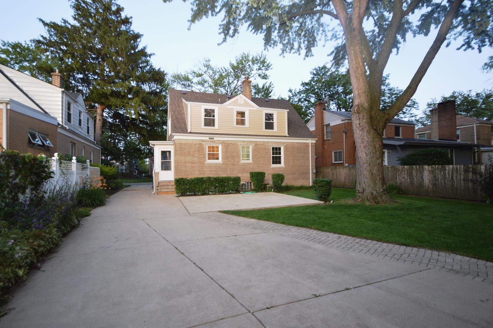 1906 PORTSMOUTH, Westchester, Illinois, 60154