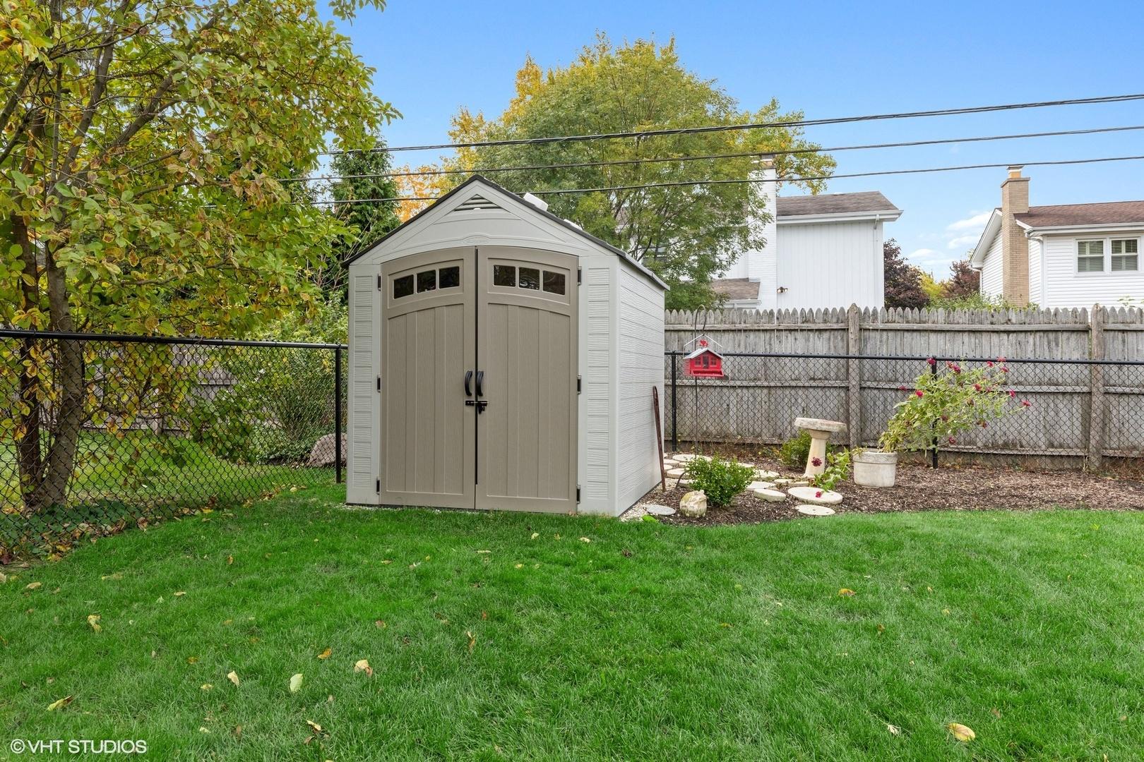 1040 Terrace, Glenview, Illinois, 60025