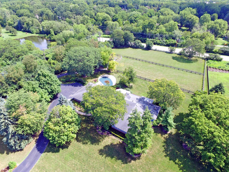 6729 Estate Lane, Long Grove, Illinois 60047