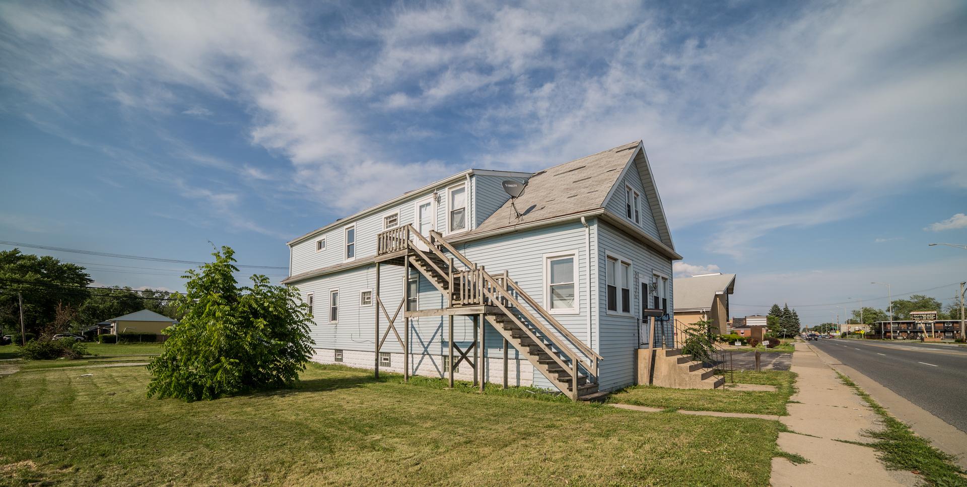 217 West 147th, Dixmoor, Illinois, 60426
