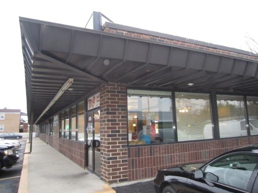 "Mr. G's Restaurant, Pizza, & Catering is a well known & long time community favorite for over 50 years. 95-100 seating capacity. 25+ parking spaces. Includes all equip & fixtures per equipment list. Equipment list given upon request w/ confidentiality agreement to prospective buyer. Do not disturb employees. ""HIGHLY Confidential"" SqFt approximate includes kitchen and dining area.Rent is $5,500  month. Great location to expand catering with access to expressways."