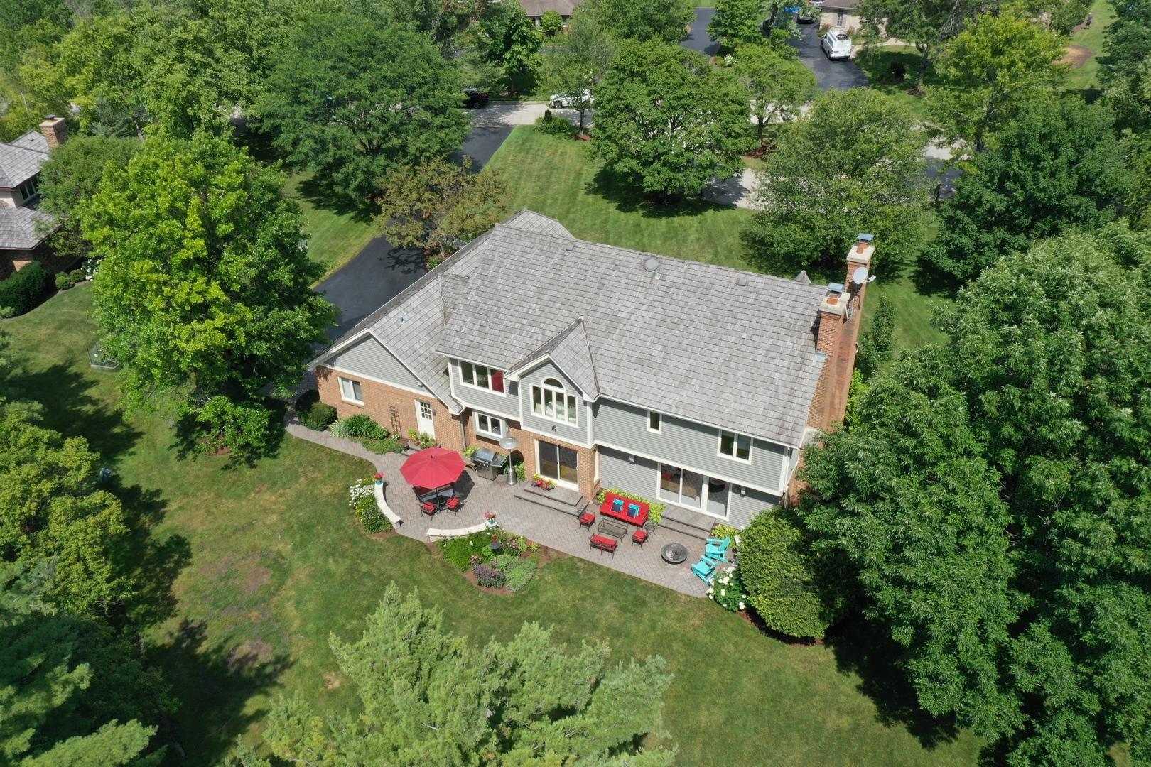 3 West Honeysuckle, Lake Forest, Illinois, 60045