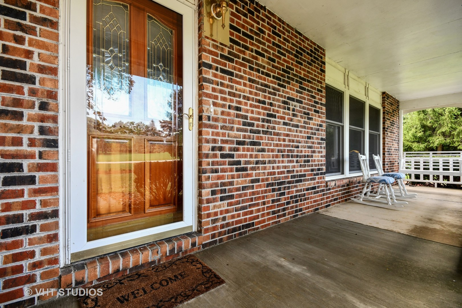 36W395 Barton, ST. CHARLES, Illinois, 60175