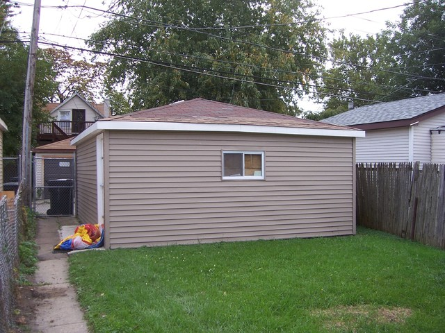 6735 South Damen, Chicago, Illinois, 60636