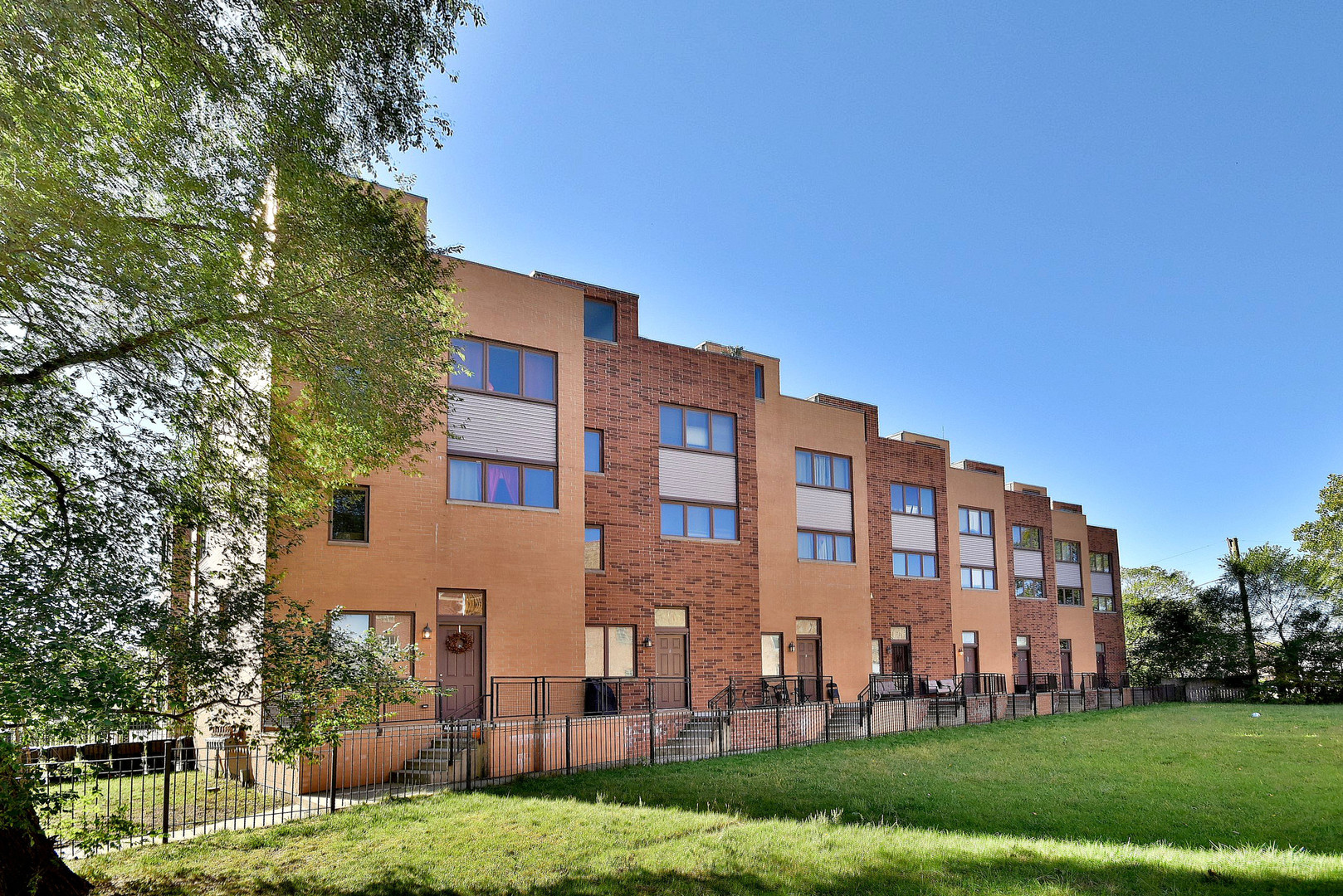 South King Dr., Chicago, IL 60615