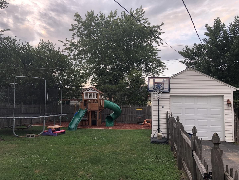 1221 Agnes, Joliet, Illinois, 60435