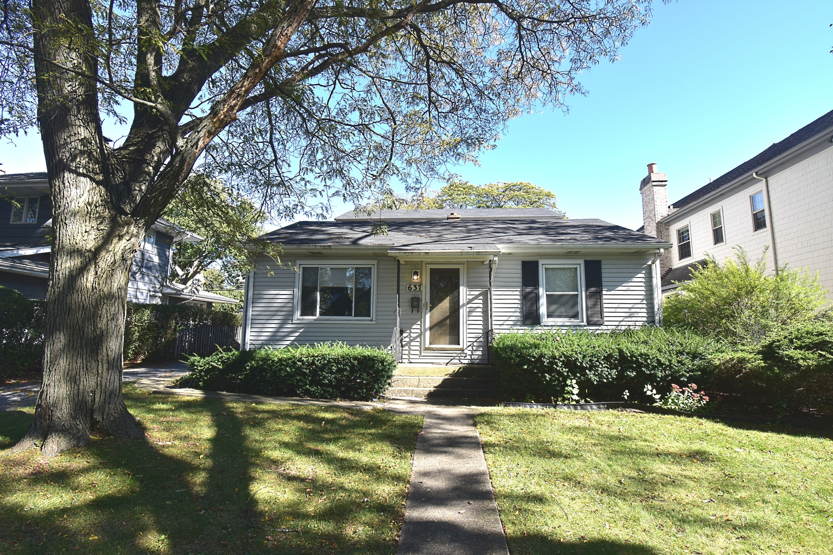 637 South Bruner Street, Hinsdale, Illinois 60521