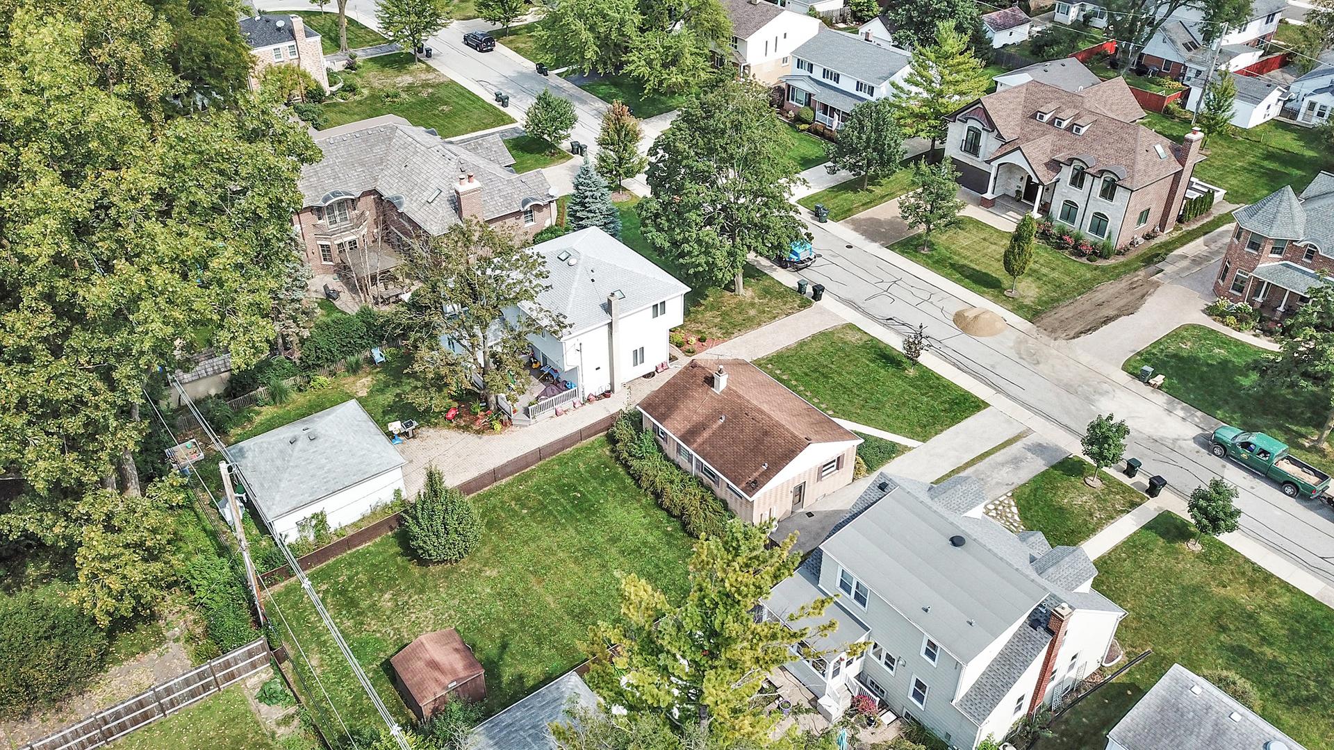 220 Elm, Glenview, Illinois, 60025
