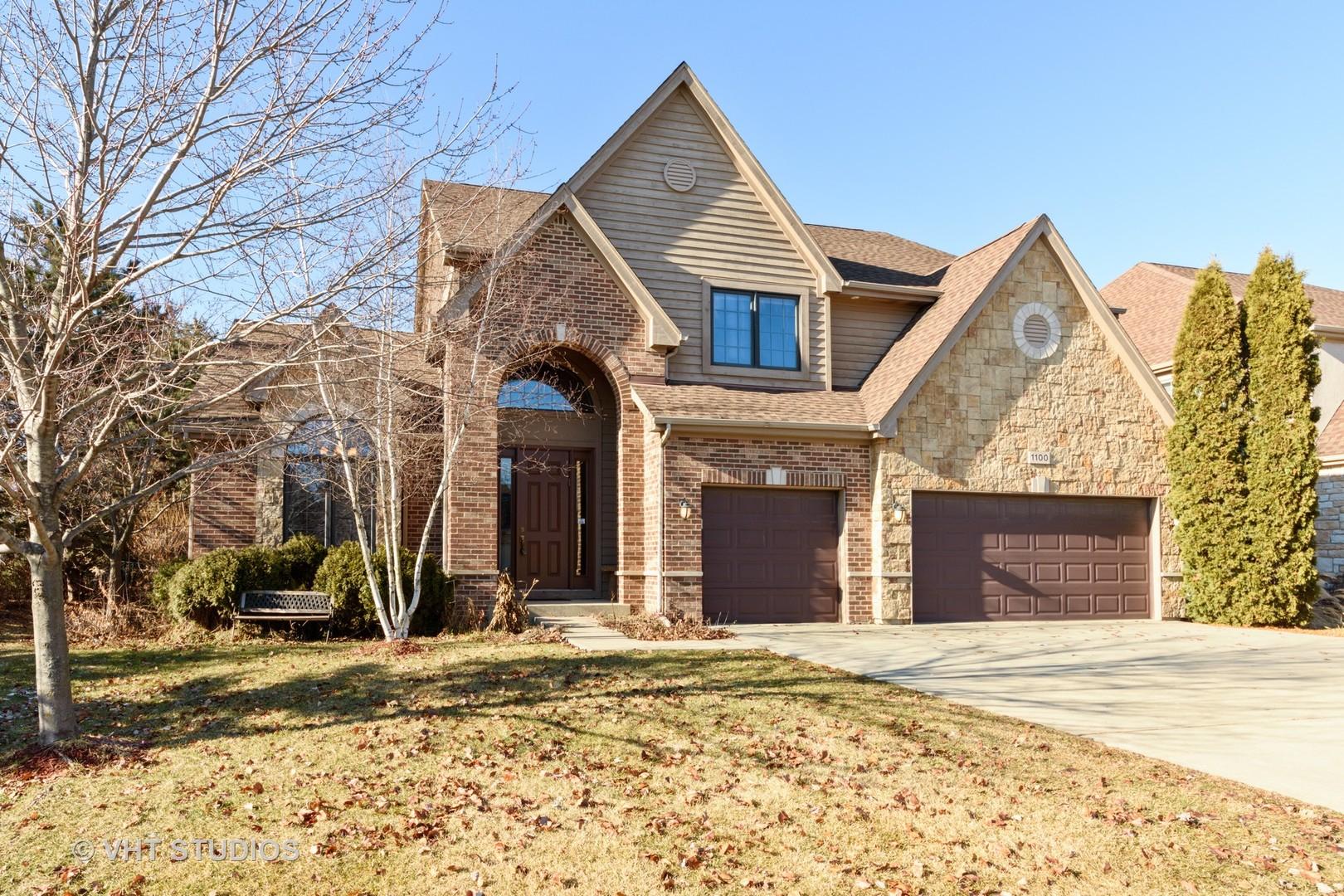 1100 Old Barn Road, Buffalo Grove, Illinois 60089