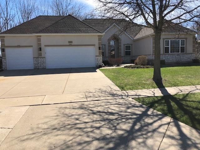 802 Longwood Drive, Lake Villa, Illinois 60046