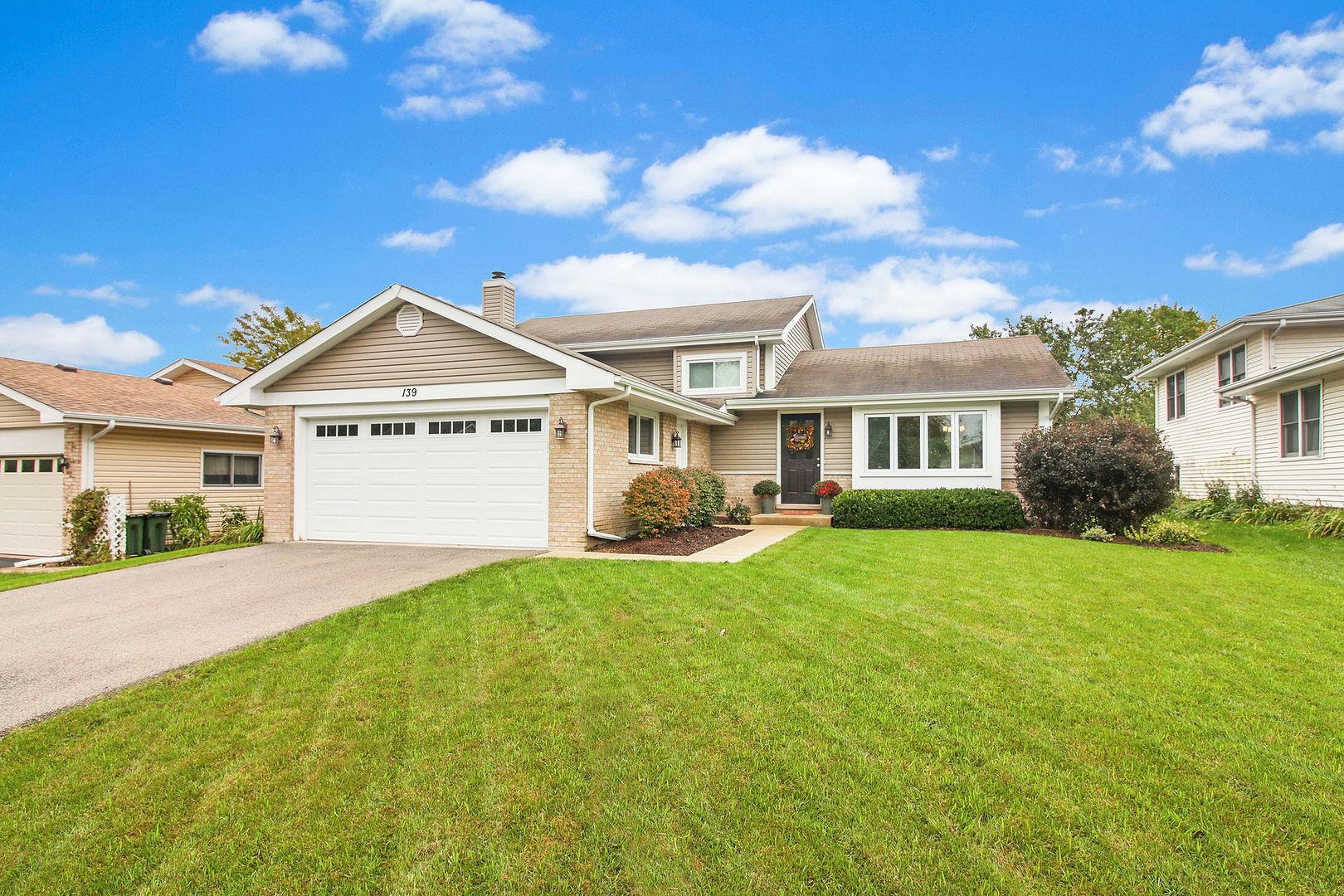 139 South Pershing Avenue, Mundelein, Illinois 60060