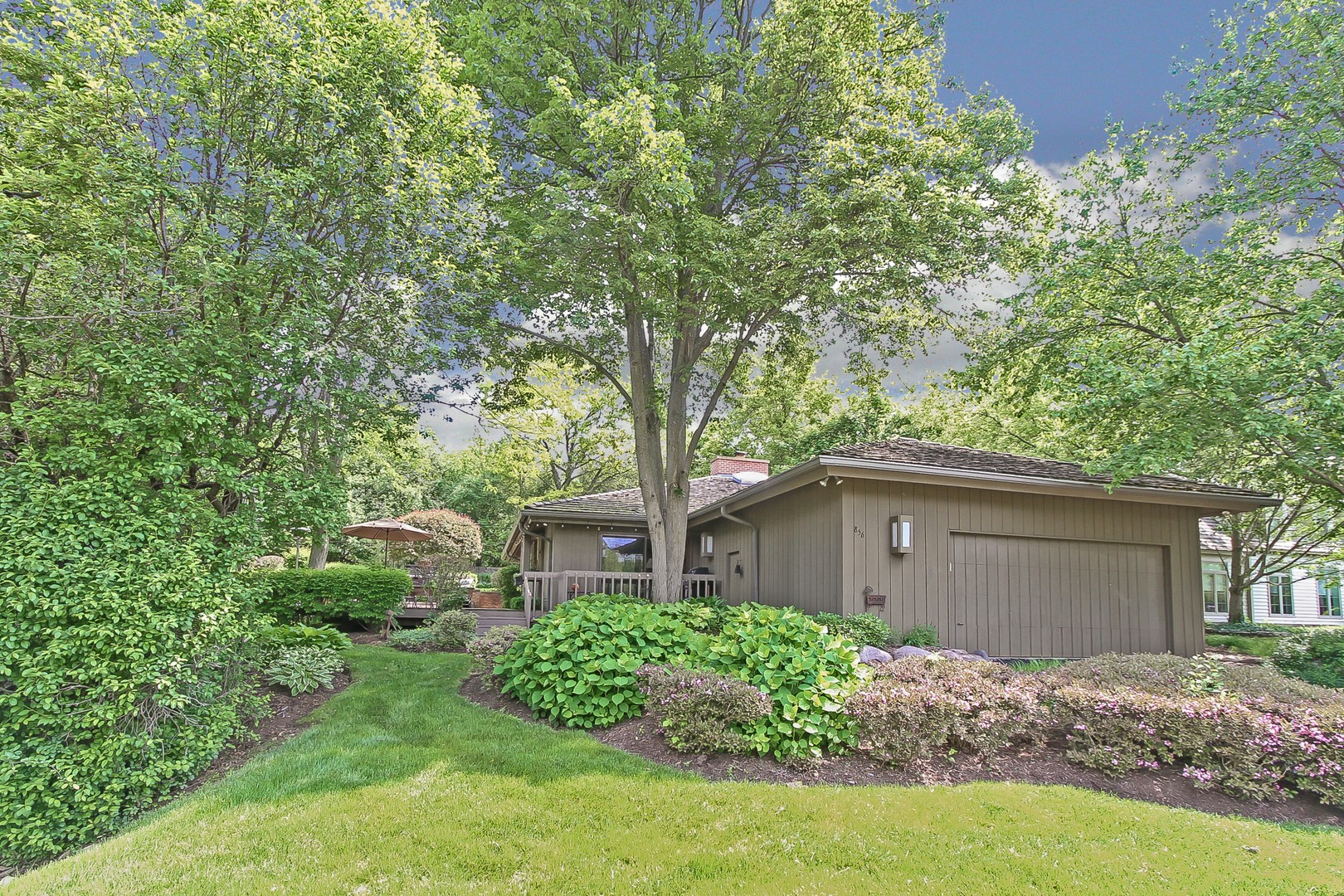 856 Bisque Drive, Barrington Hills, Illinois 60010