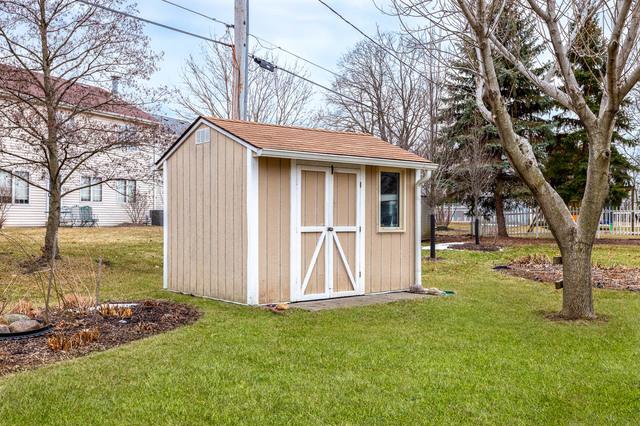 1N307 Fanchon, Carol Stream, Illinois, 60188
