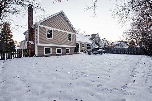 10 Augusta, Vernon Hills, Illinois, 60061