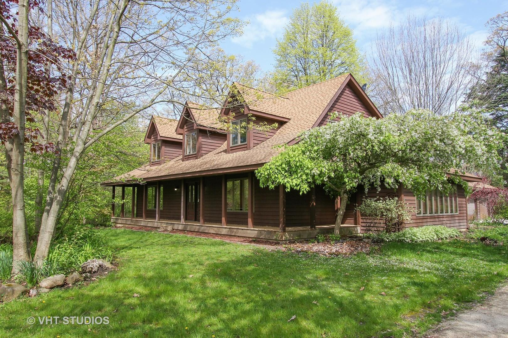 15042 Hickory Road, Zion, IL 60099