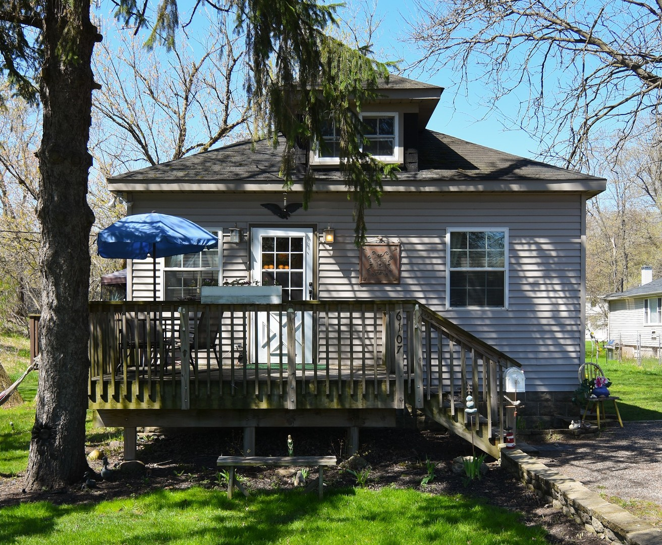 6107 State Park Road, Spring Grove, Illinois 60081