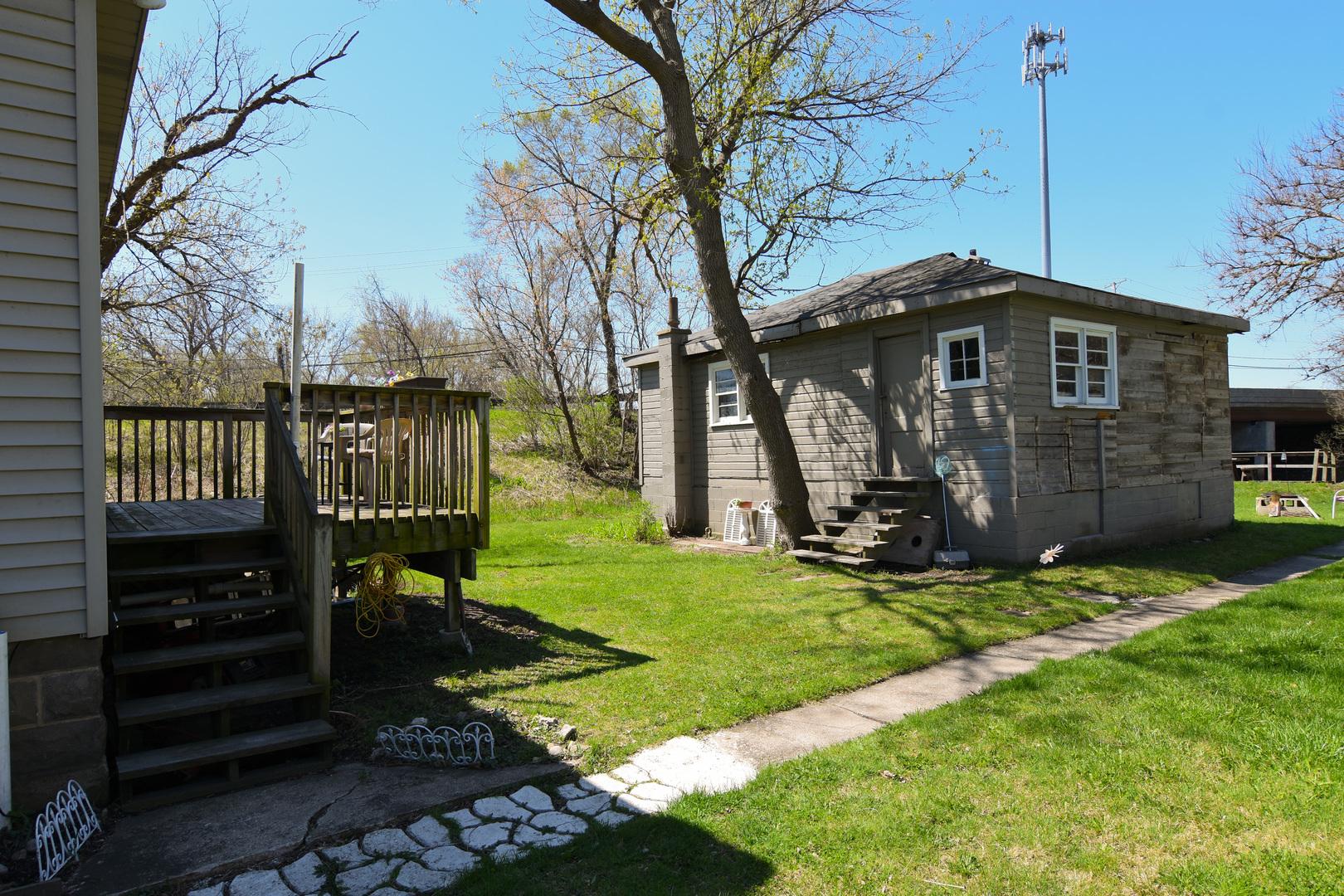 6107 State Park, Spring Grove, Illinois, 60081