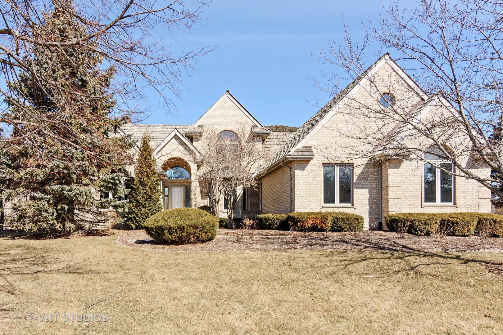 21560 W Hampshire Place, Mundelein, IL 60060