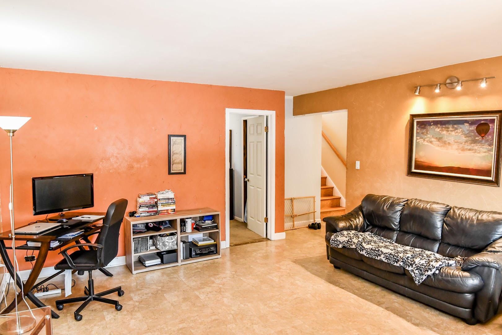 1443 South Busse, Mount Prospect, Illinois, 60056