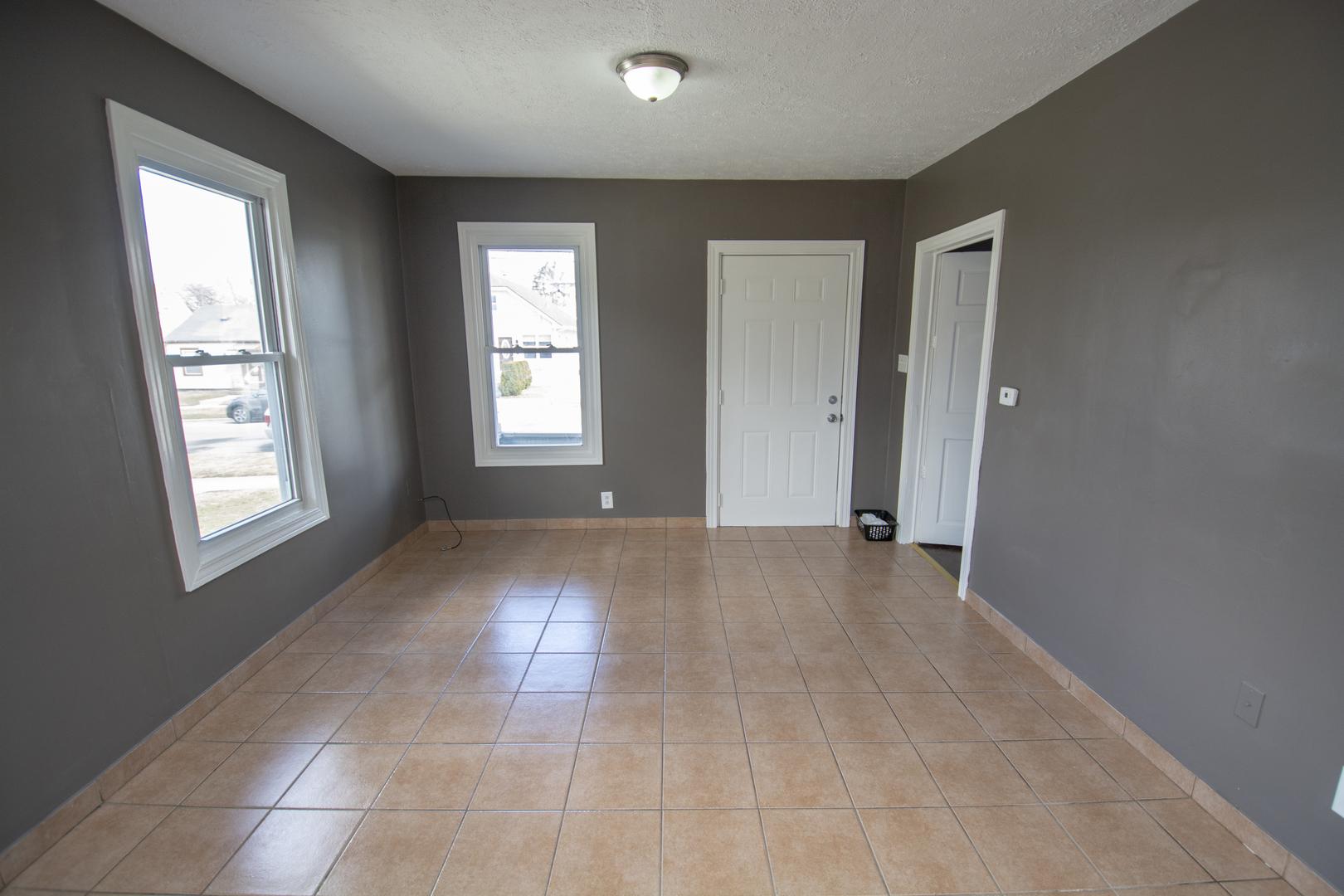 817 KANE, AURORA, Illinois, 60505