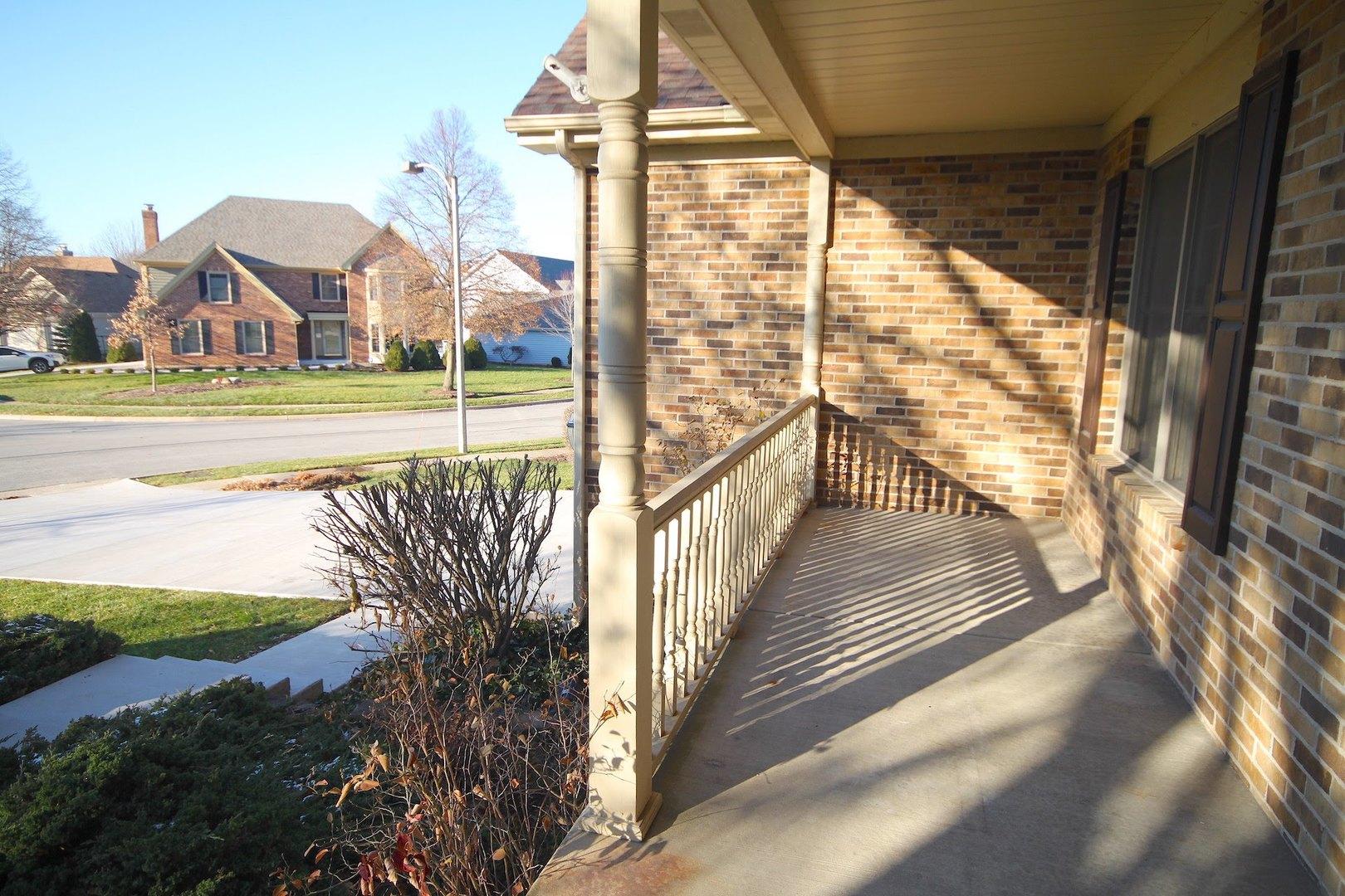 1365 Lincolnshire, Carol Stream, Illinois, 60188