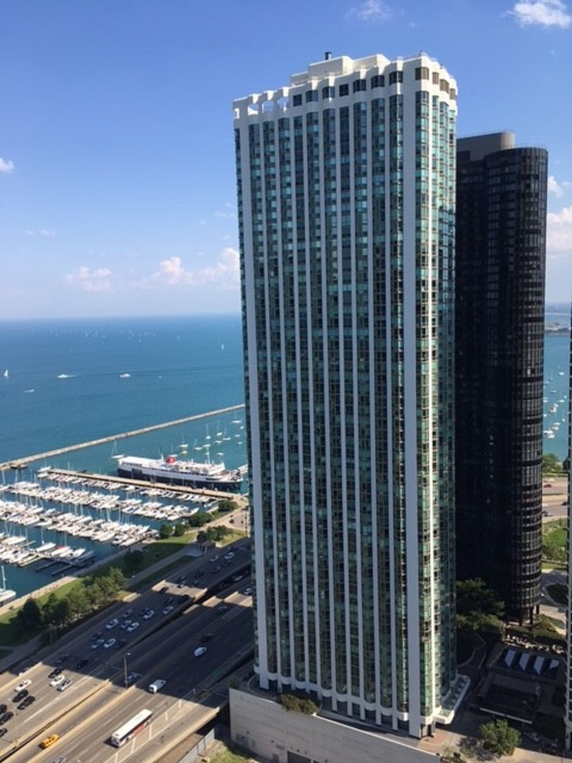 195 N HARBOR Drive 1208, Chicago, IL 60601