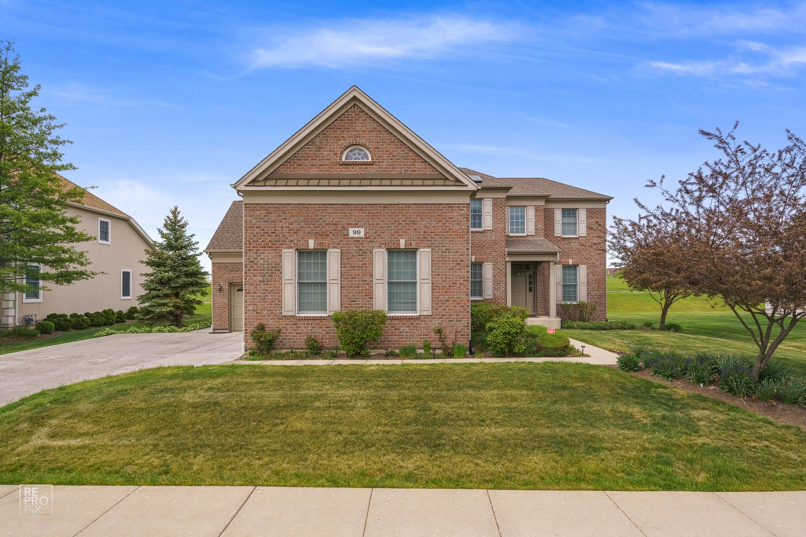 99 Open Parkway, Hawthorn Woods, Il 60047