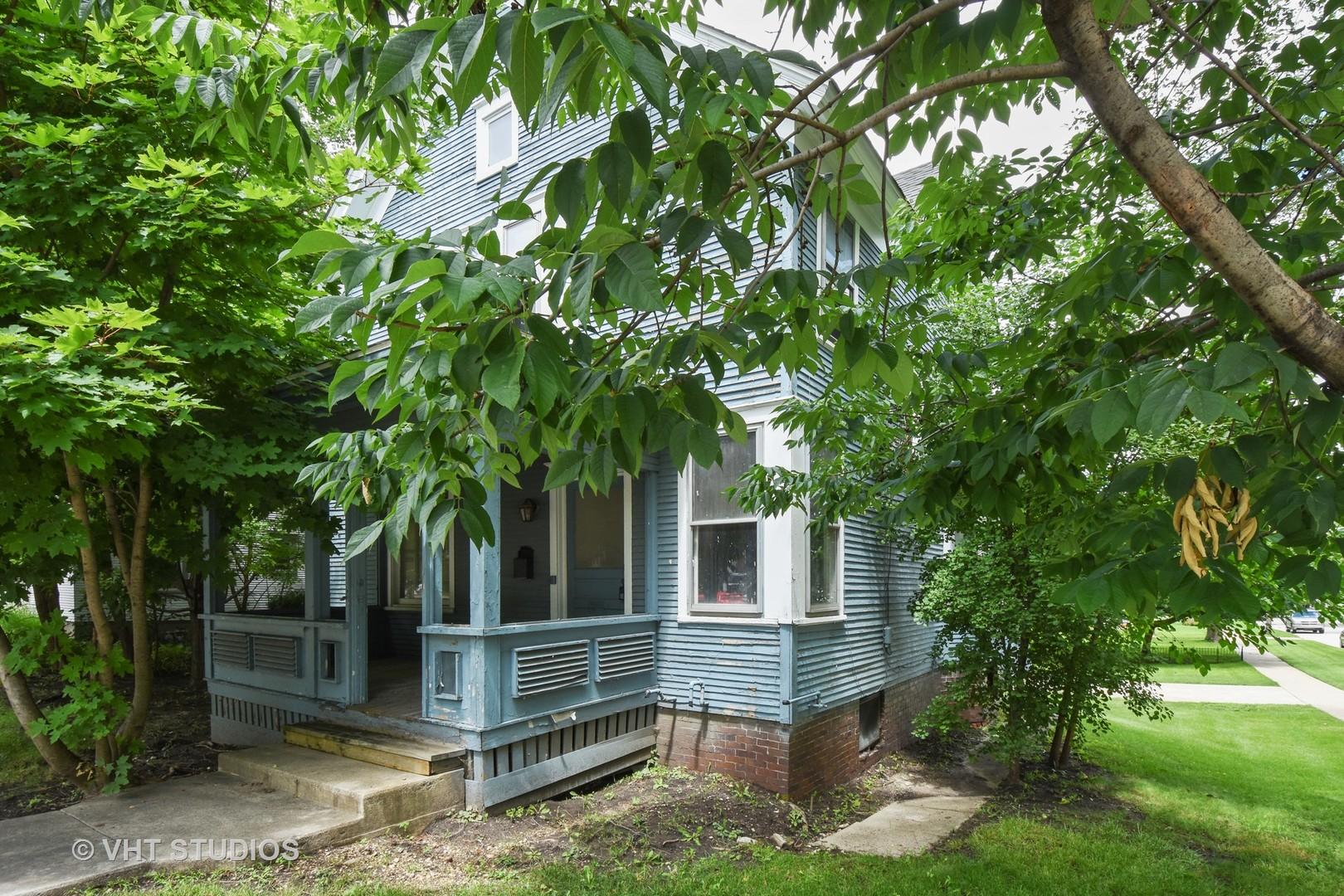 302 W Main Street, Barrington, IL 60010
