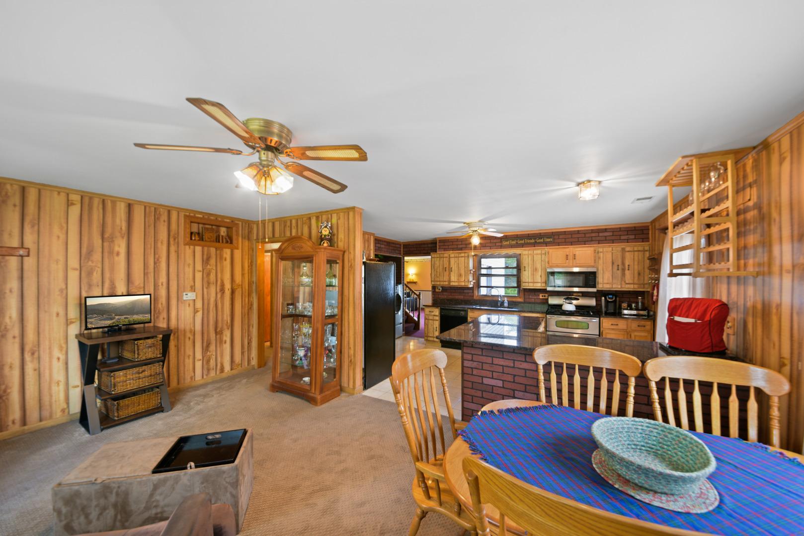 37293 North HILLSIDE, Lake Villa, Illinois, 60046