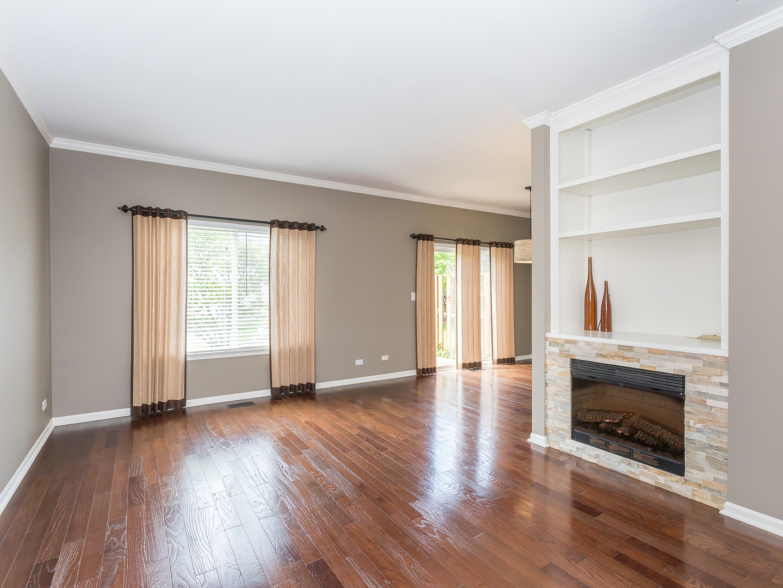 1017 Woodview, AURORA, Illinois, 60502