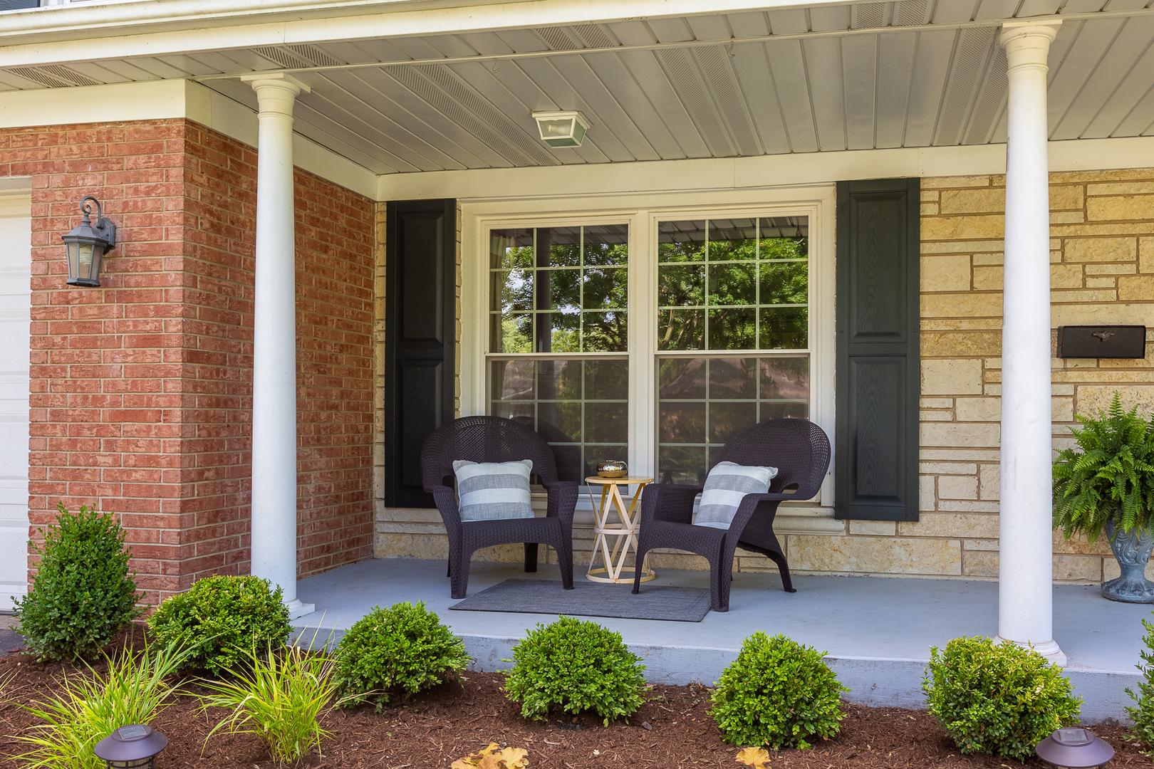 276 Stonegate, CLARENDON HILLS, Illinois, 60514