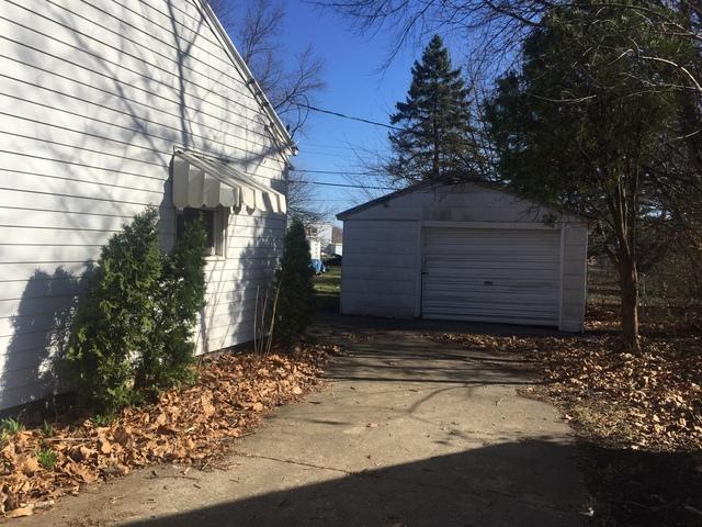 15 Sherwood, Champaign, Illinois, 61820