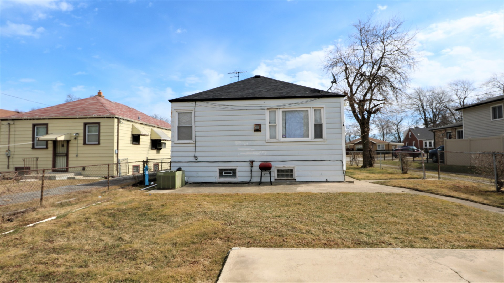 12832 South Throop, Calumet Park, Illinois, 60827