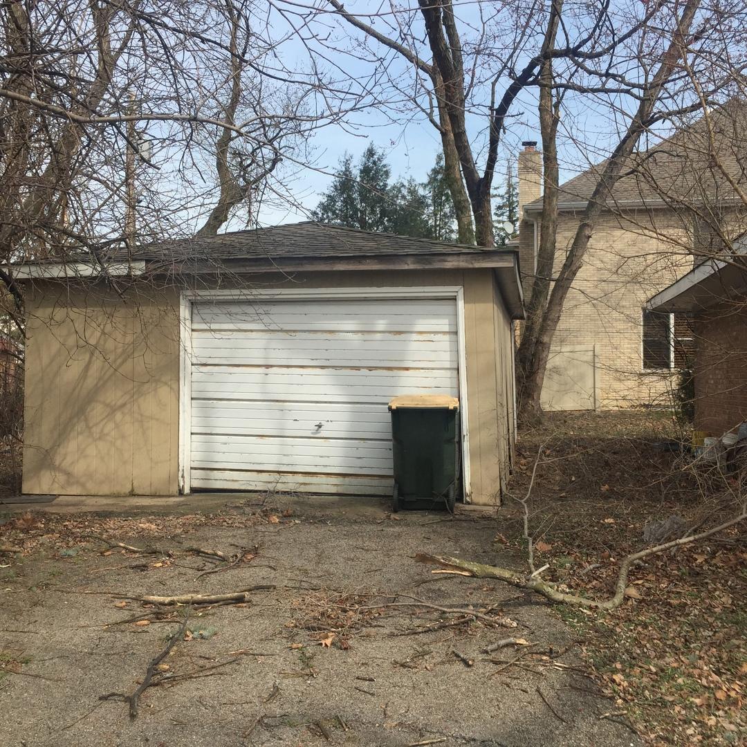8855 North Prospect, NILES, Illinois, 60714