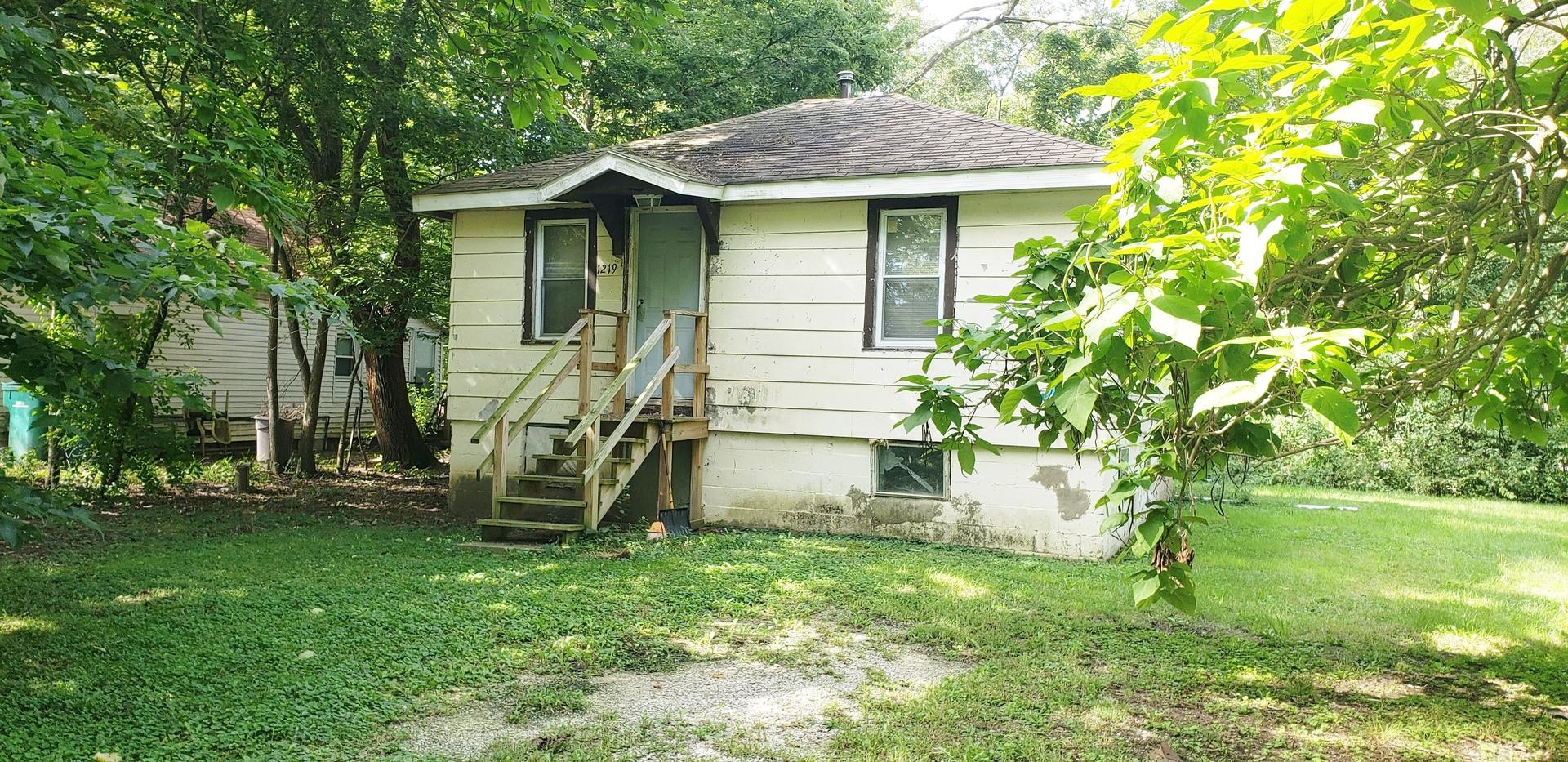 1219 Chippewa, Joliet, Illinois, 60433