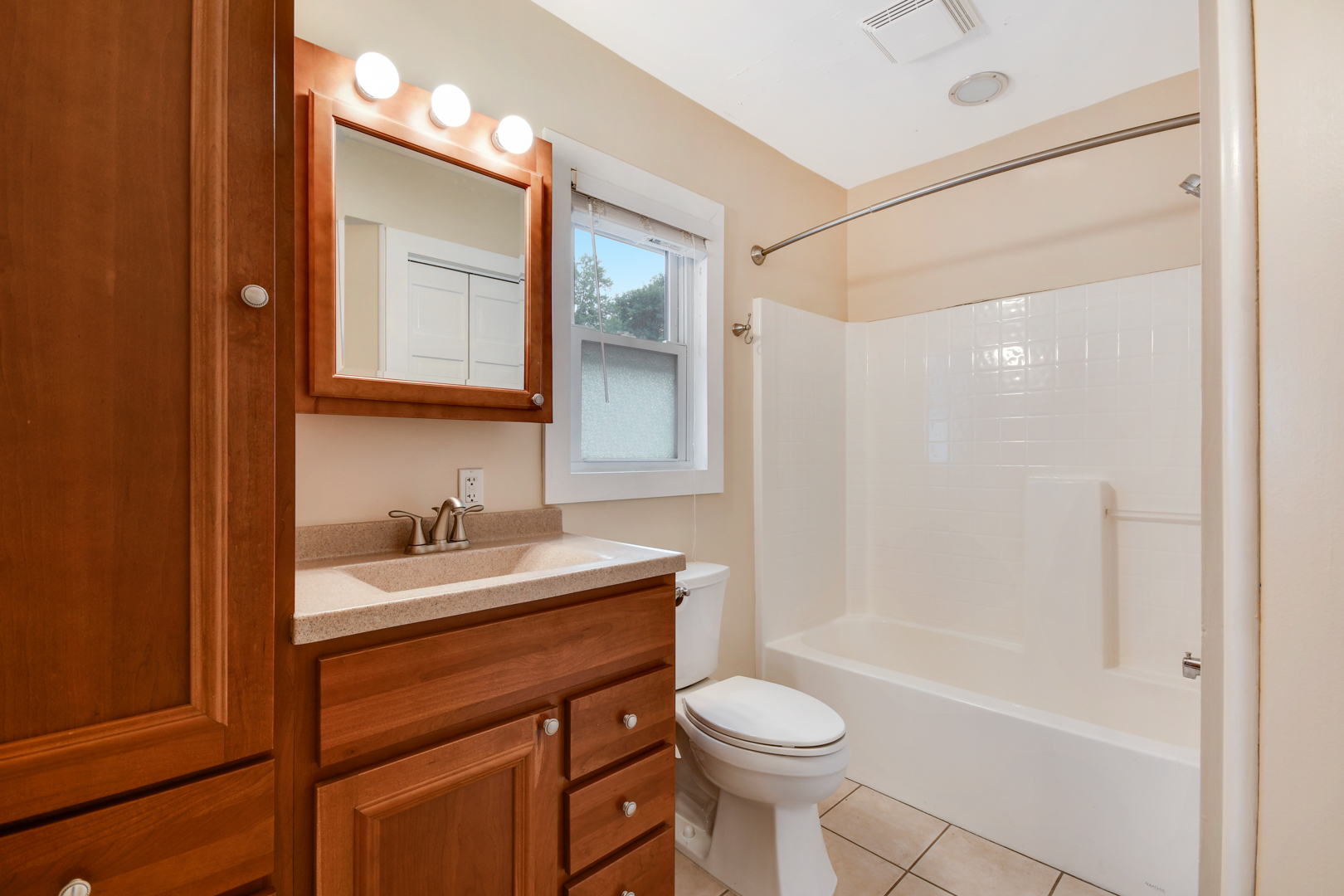 1720 South 5th, ST. CHARLES, Illinois, 60174